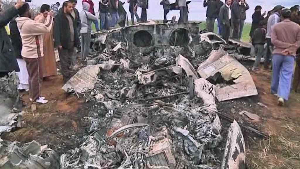 Zřícená americká stíhačka nedaleko Benghází
