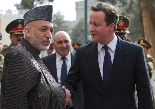Hamíd Karzáí a David Cameron