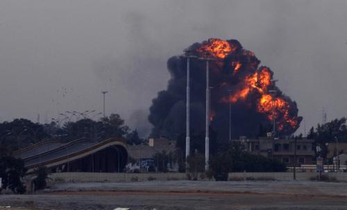 Kaddáfího jednotky bombardují Benghází