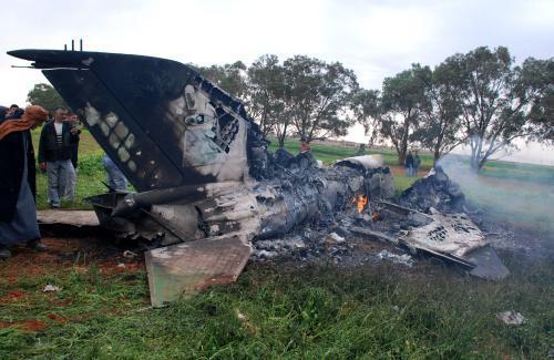 Nedaleko libyjského Benghází se zřítilo letadlo povstalců