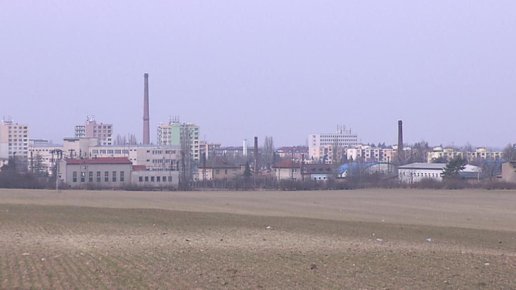 Pole vybrané pro výstavbu paroplynové elektrárny