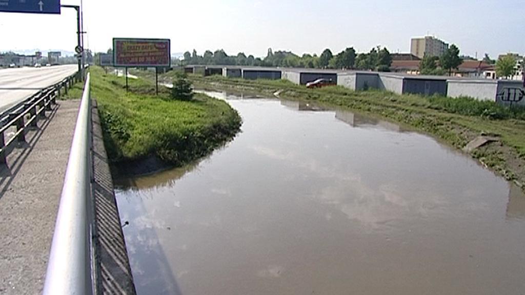 Rozvodněný Dobrovodský potok