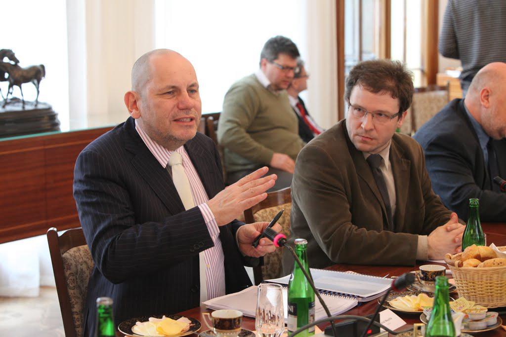 Michal Mejstřík na schůzce NERV