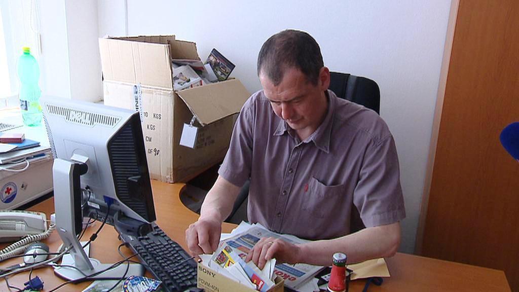 Karel Rožánek ve své kanceláři
