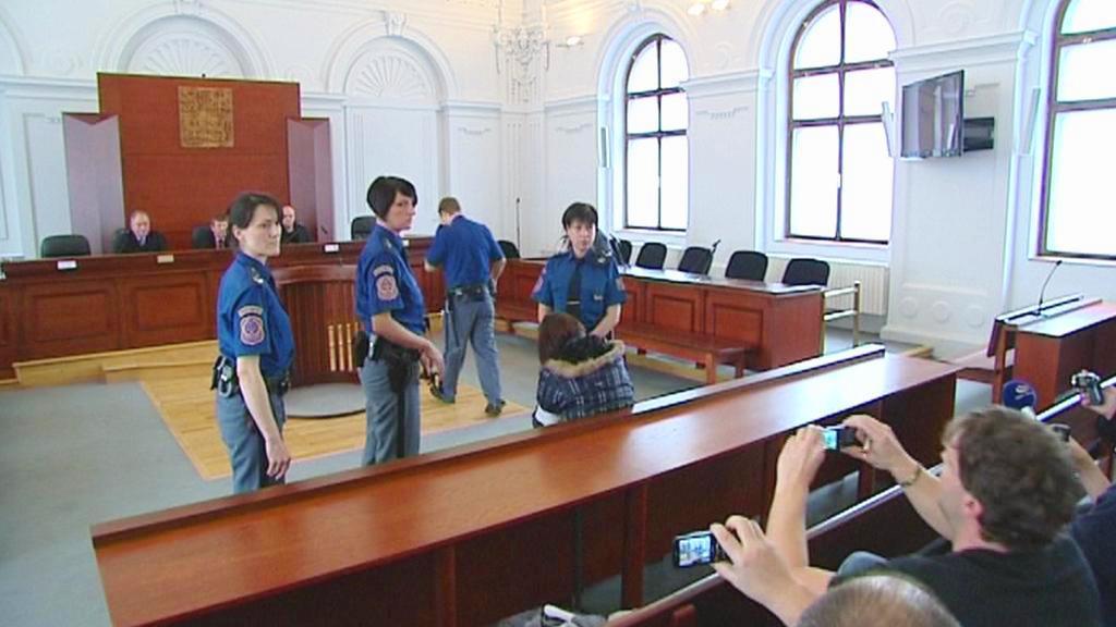 Soudní líčení kvůli pokusu o otravu