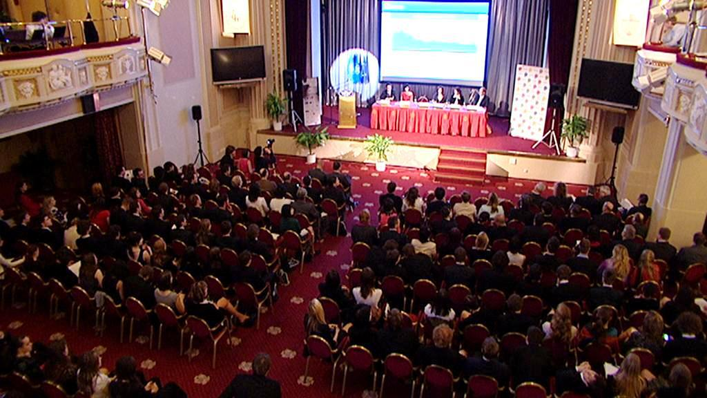Pražský studentský summit