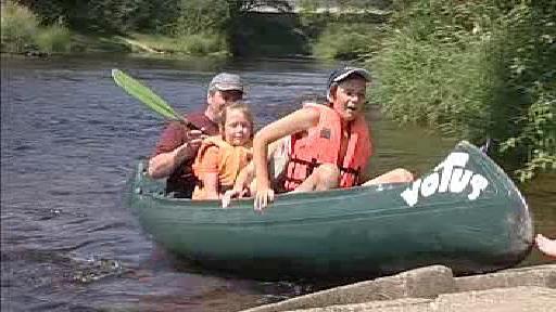 Vodáci na řece
