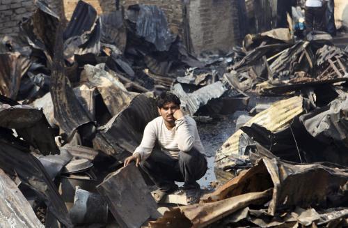 Následky požáru v Bombaji
