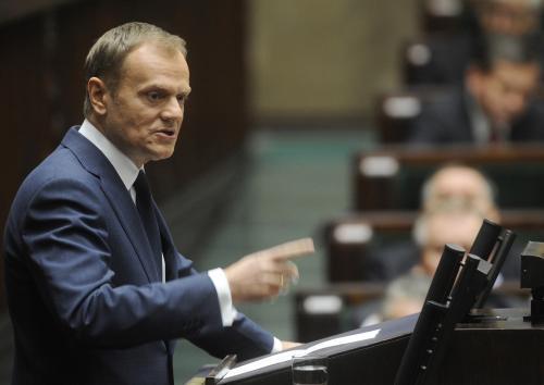 Donald Tusk informoval poslance o vyšetřování nehody ve Smolensku