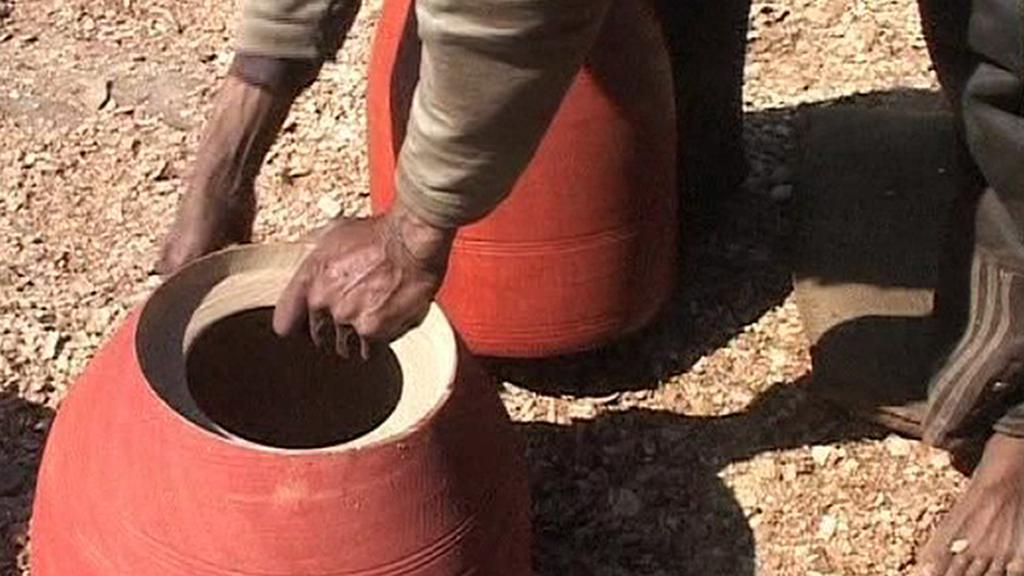 Tradiční indická váza