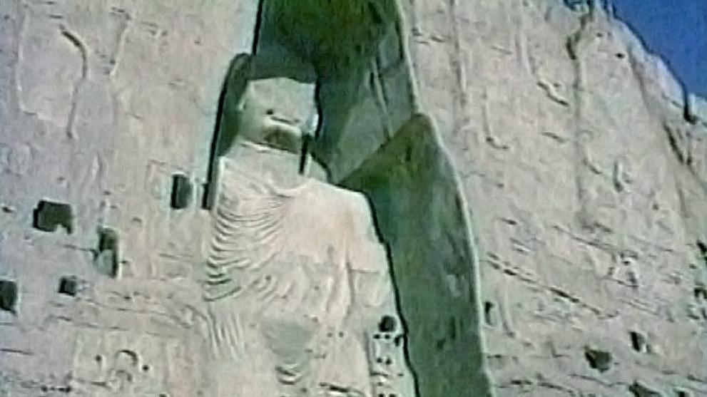 Socha Buddhy v údolí Bámján