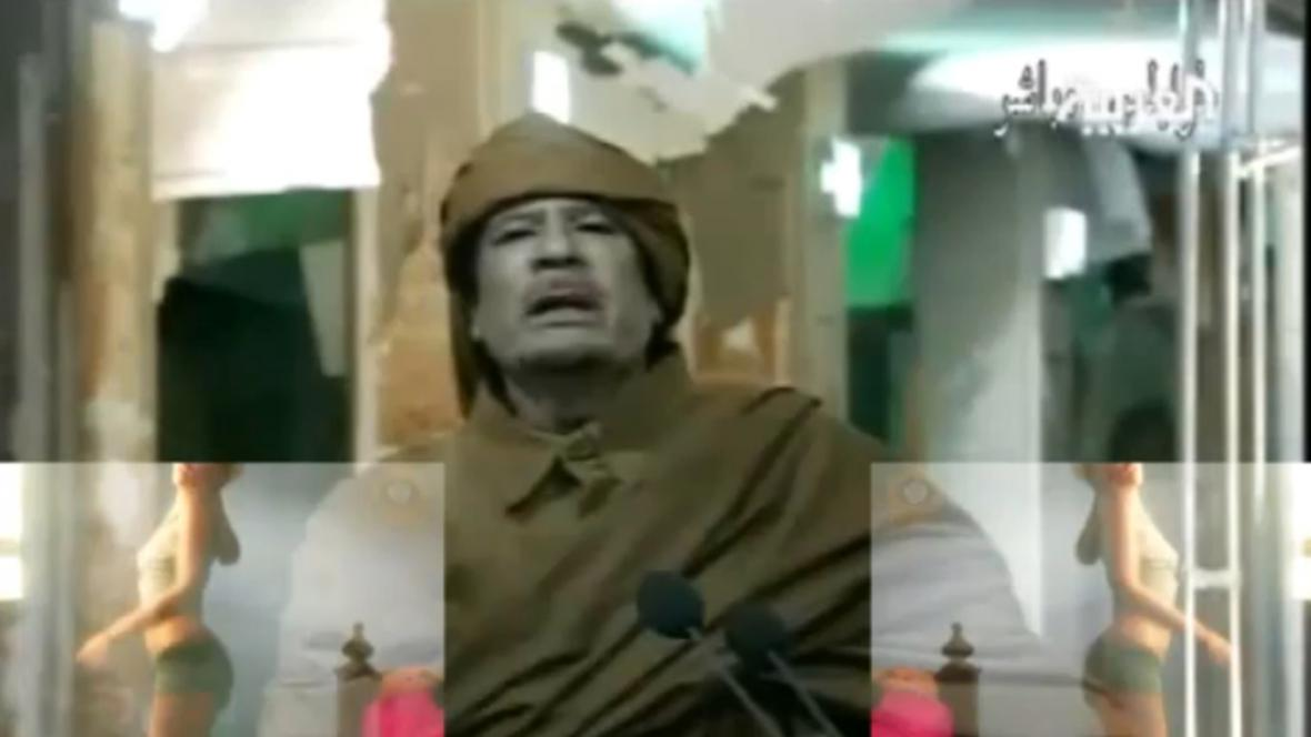 Rapující Muammar Kaddáfí