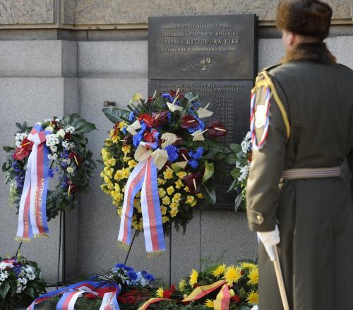 Pietní vzpomínka na popravené důstojníky