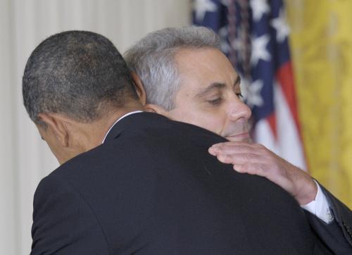 Barack Obama se loučí s Rahmem Emanuelem