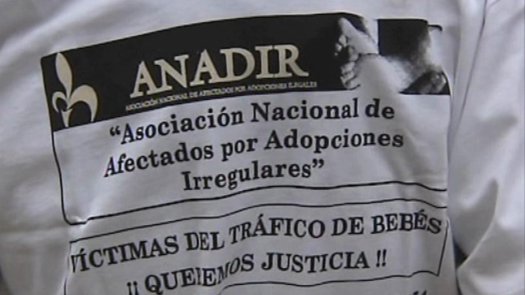 Šapnělská organizace vyšetřující nelegální adopce
