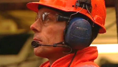 Zaměstnanec ropné rafinerie