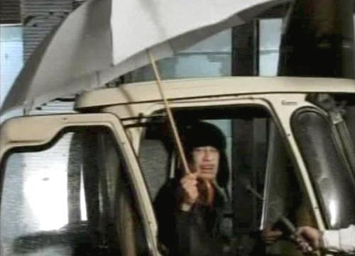 Muammar Kaddáfí při svém projevu