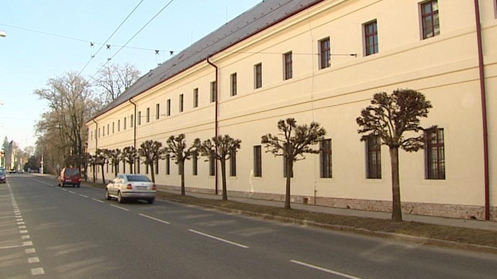 Budova hradeckých kasáren