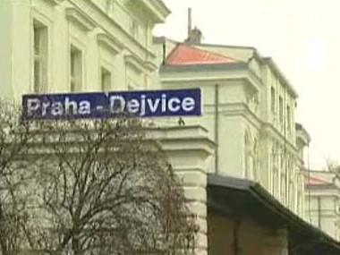 Nádraží Praha-Dejvice na trati do Kladna