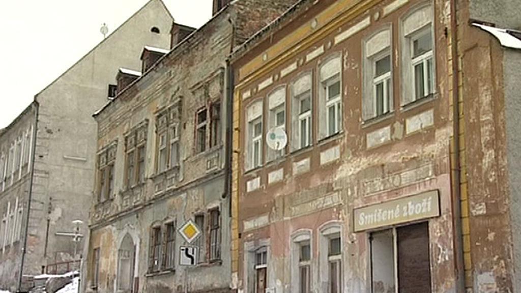Zdevastované domy v Jáchymově