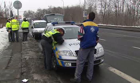 Policisté pokutují řidiče
