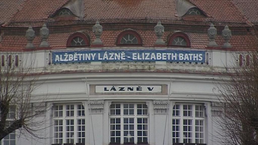 Vstupní portál Alžbětiných lázní