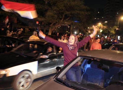 Euforie v egyptských ulicích po oznámení Mubarakovy rezignace