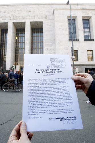 Tisková zpráva milánské prokuratury