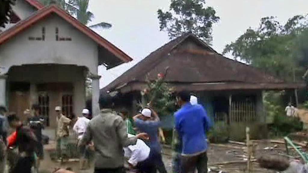 Řádění islámských radikálů v Indonésii