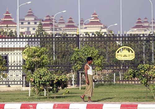 Parlament v Barmě