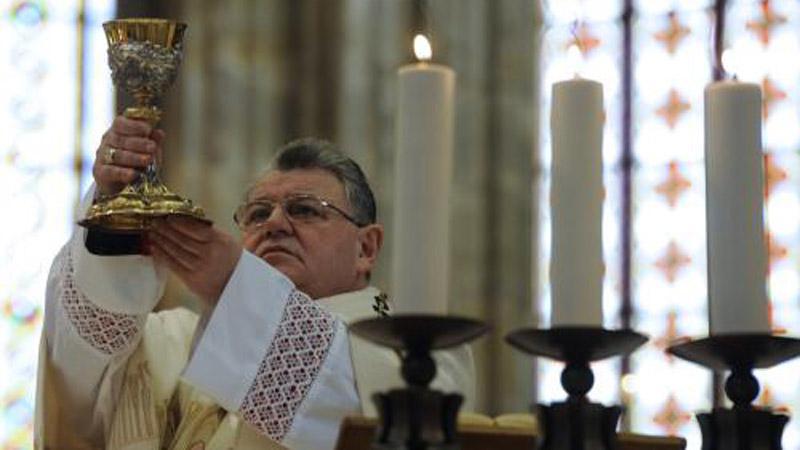 Arcibiskup Duka při děkovné mši