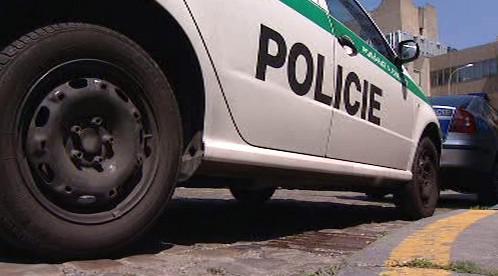 Zaparkované auto Policie ČR