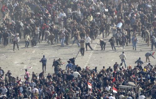 Střety pro a protivládních demonstrantů