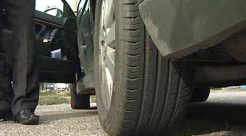 Vůz s letními pneumatikami