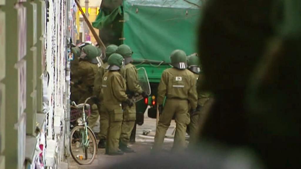 Německá policie se připravuje na zásah proti squatterům z Friedrichshainu