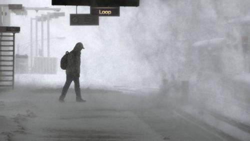Sněhová bouře na chicagském nádraží