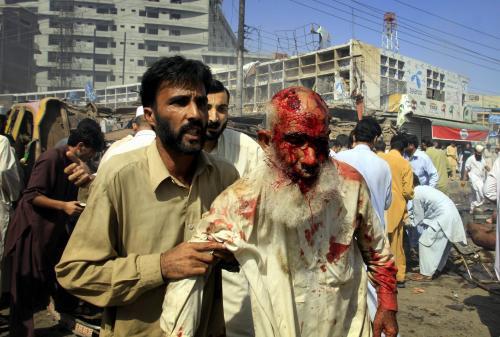 Následky výbuchu v Pákistánu