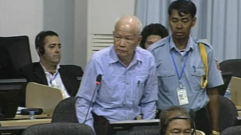 Představitelé Rudých Khmérů žádají tribunál o propuštění