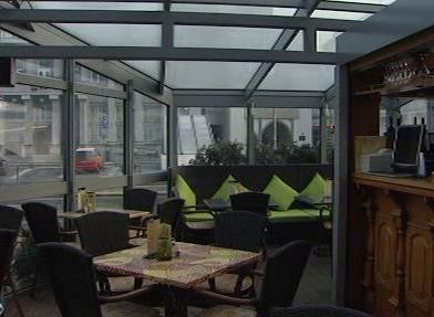 Interiér kavárny v Pardubicích