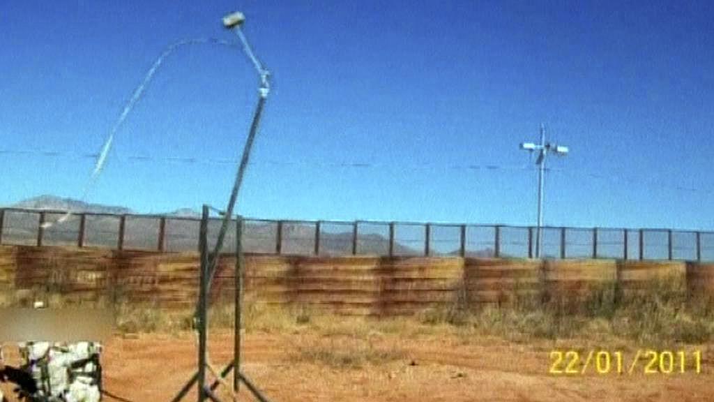 Mexická armáda zabavila katapult na drogy