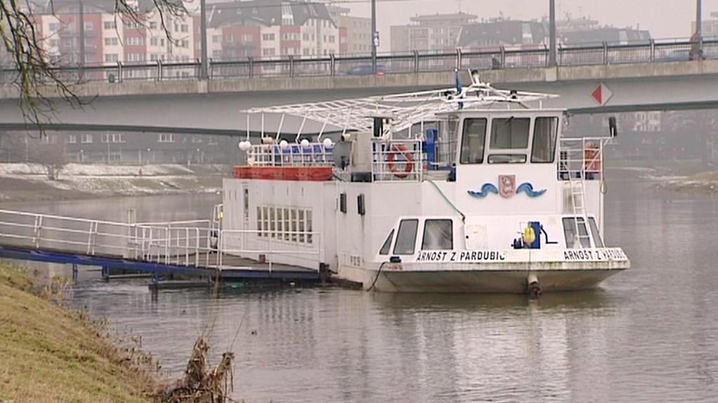 Výletní loď Arnošt z Pardubic