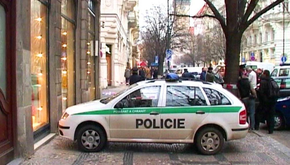 Střelba v Pařížské ulici