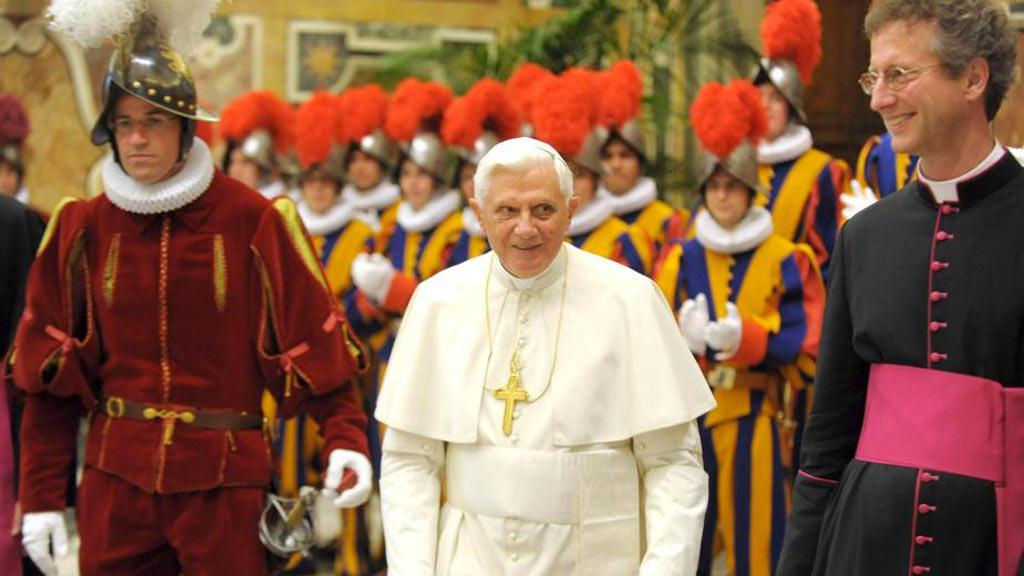 Papež Benedikt XVI. a Švýcarská garda