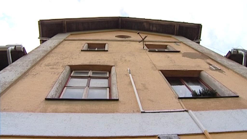 Chátrající budova