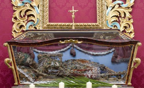 Relikviář s ostatky sv. Reparáta