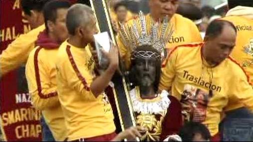 Manilský průvod se sochou Ježíše Krista