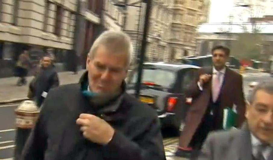 David Chaytor na cestě k soudu