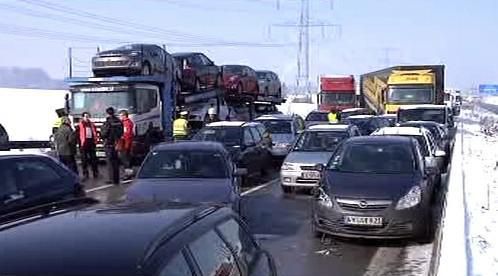 Hromadná havárie na dálnici