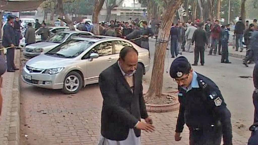 Policie vyšetřuje vraždu Salmána Tasíra