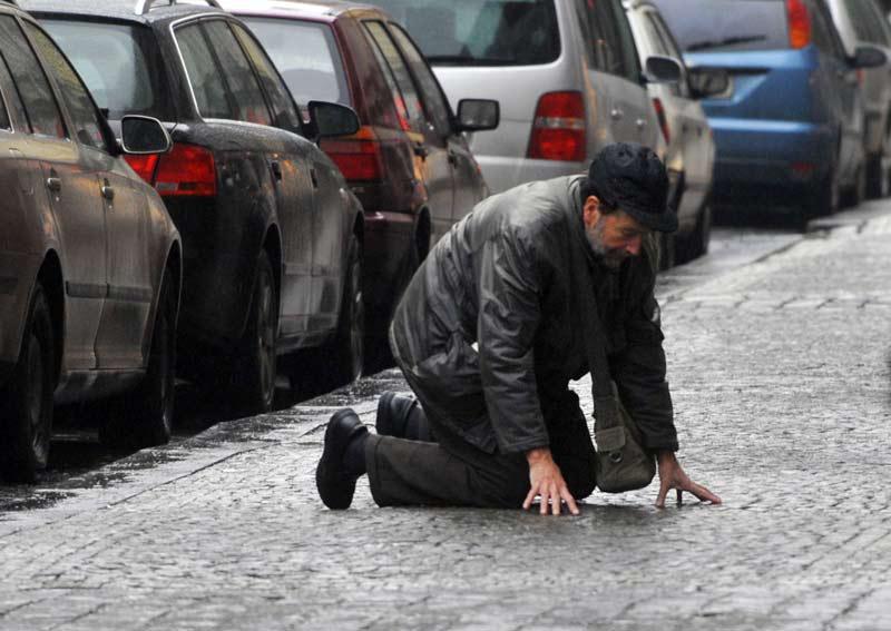 Ledovka pokryla chodníky